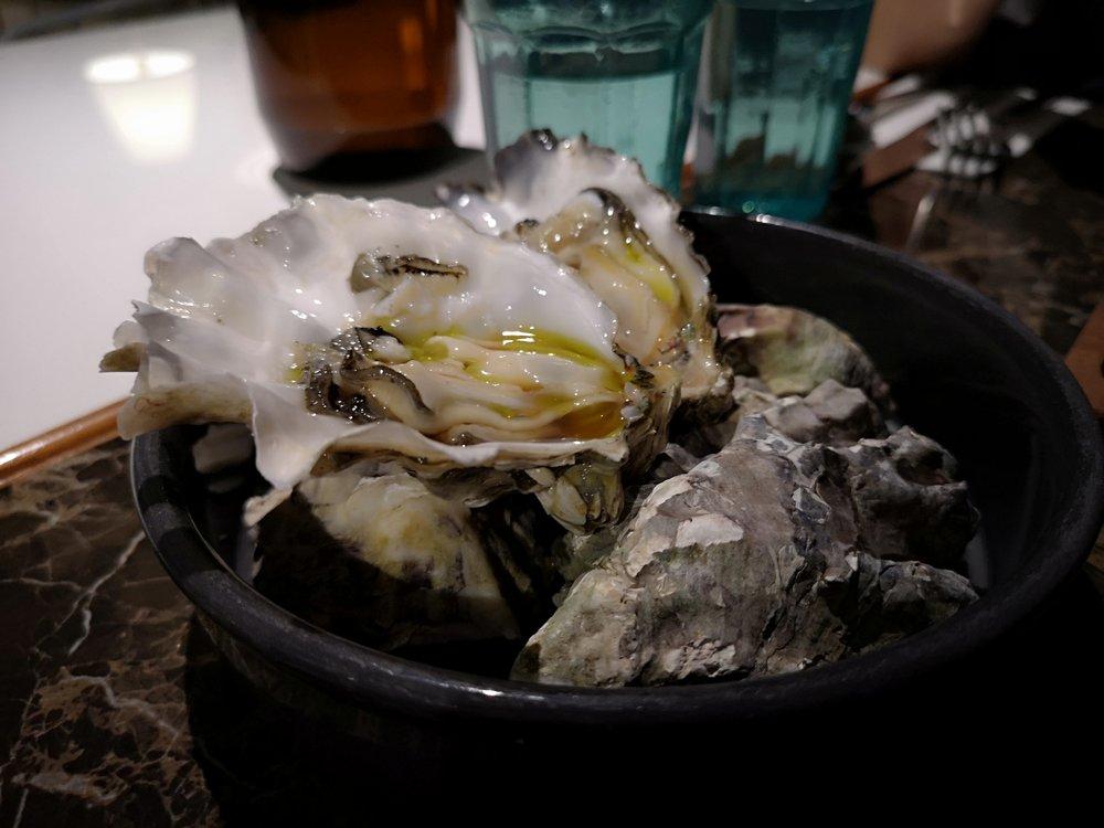Tropique Fresh Oysters