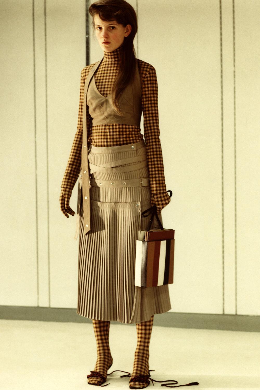 rokh_aw18_fashion_collection_magazine_vogue_13.jpg