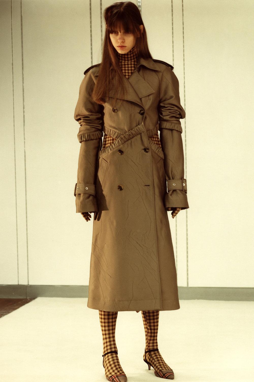 rokh_aw18_fashion_collection_magazine_vogue_15.jpg