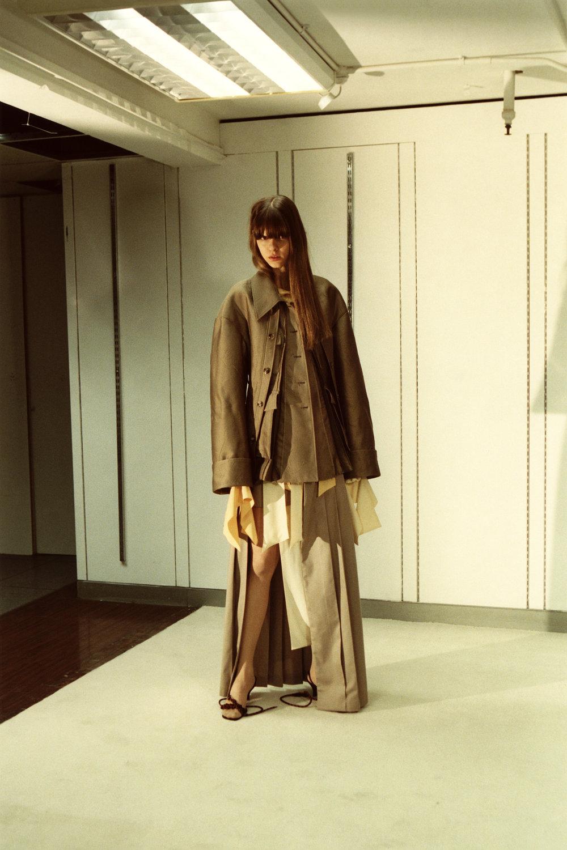 rokh_aw18_fashion_collection_magazine_vogue_17.jpg