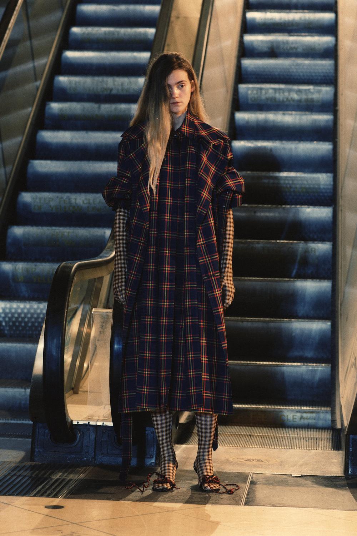 rokh_aw18_fashion_collection_magazine_vogue_19.jpg