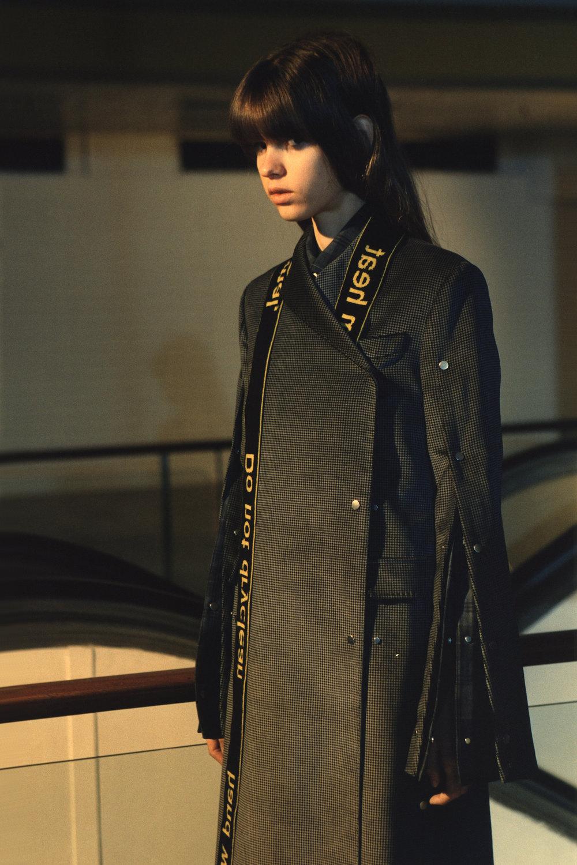 rokh_aw18_fashion_collection_magazine_vogue_21.jpg