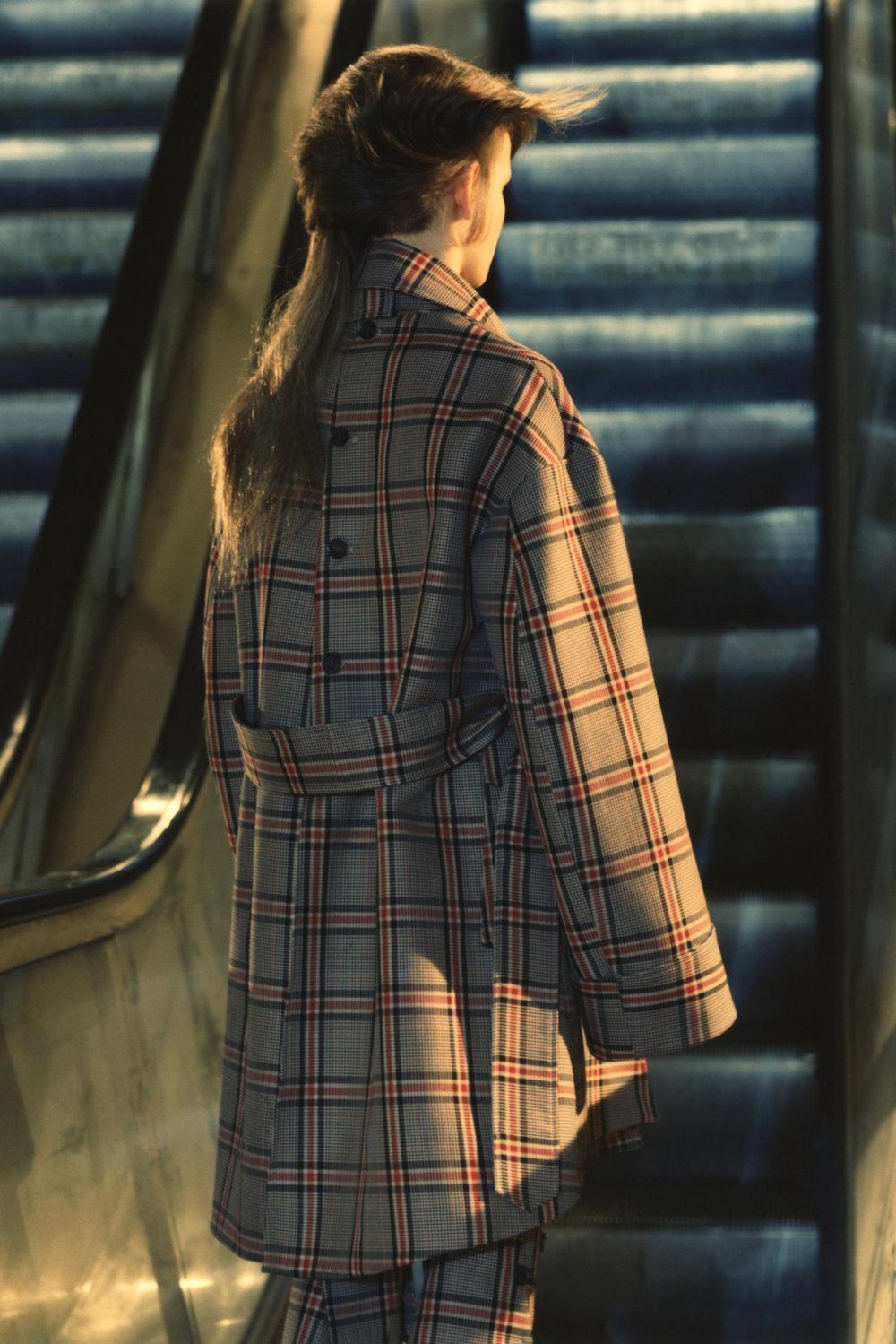 rokh_aw18_fashion_collection_magazine_vogue_26.jpg