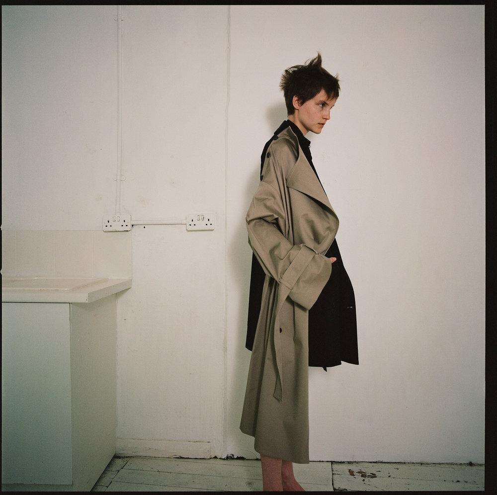rokh_ss19_collection_fashion_vogue_lookbook_002.jpg