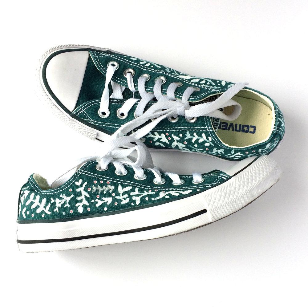 Forest Green Converse.jpg