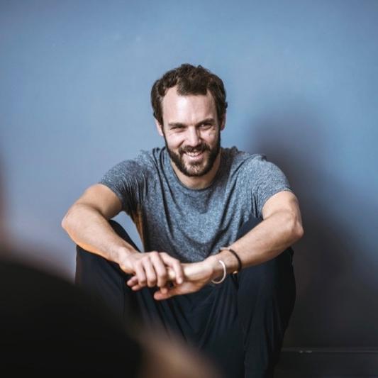 Samuel - Ostéopathe & Professeur de Yoga