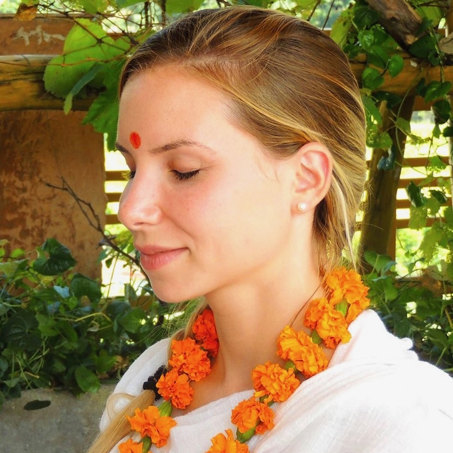 Clara PIA - Nutritionniste & Professeur de Yoga
