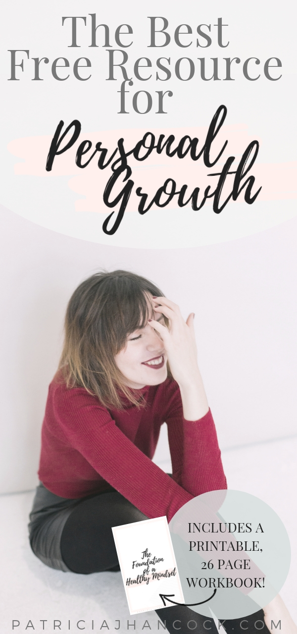 The BEST personal growth resource for beginners. Here you'll learn how to train your mindset towards a more sustainable, more purposeful focus that will help you reach your goals. Includes a free, printable workbook that will take you from foggy to focused. #mindset #personalgrowth #goalplanning