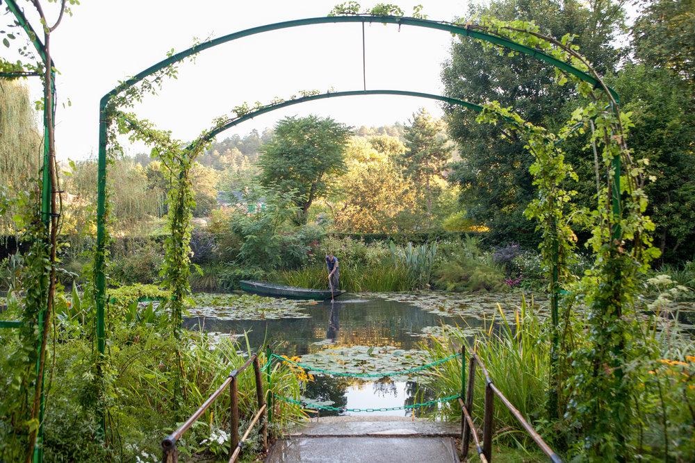 20120829-Giverny Garden-3.jpg