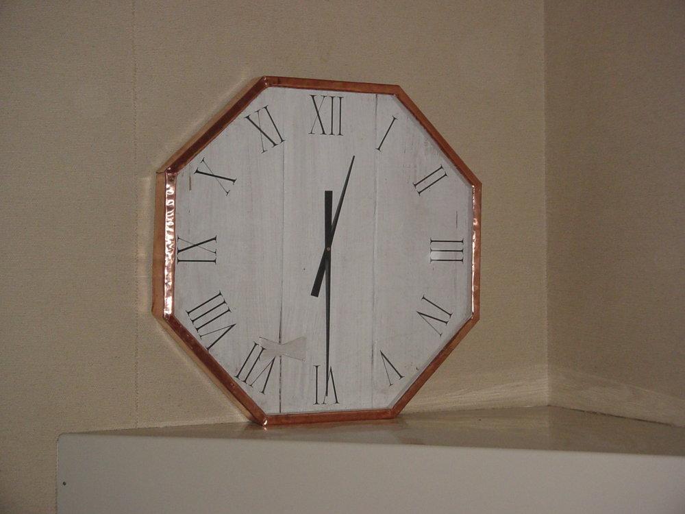clock 004.jpg