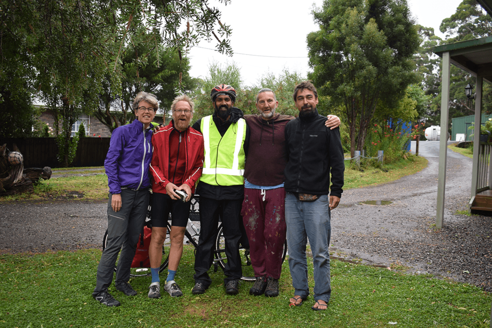 Finally I had to say goodbye to the kind hostel owner and 3 cyclists from Europe. It was great to meet them and share experiences.