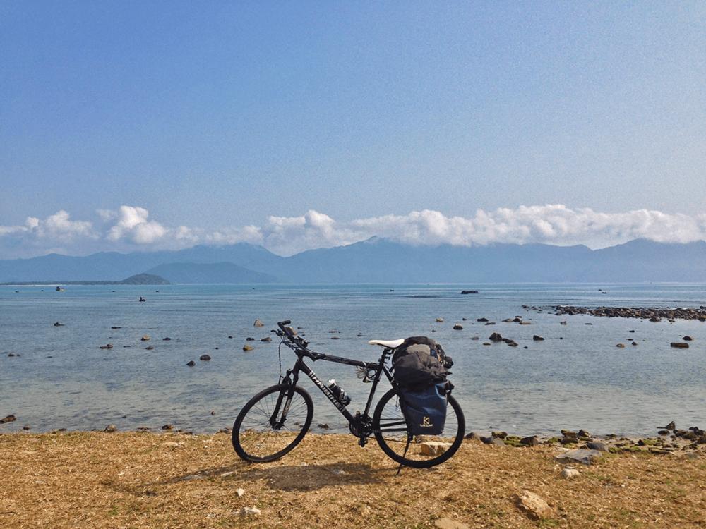 Left Nha Trang and riding towards Quy Nhon.