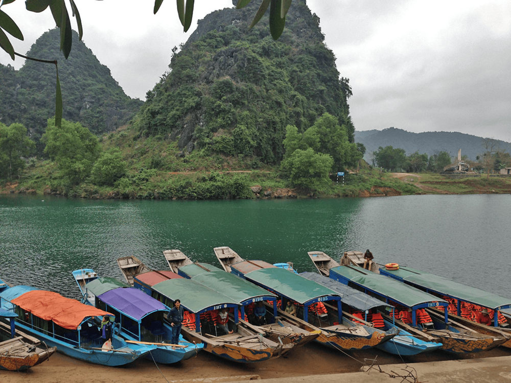 On the way to explore Phong Nha cave