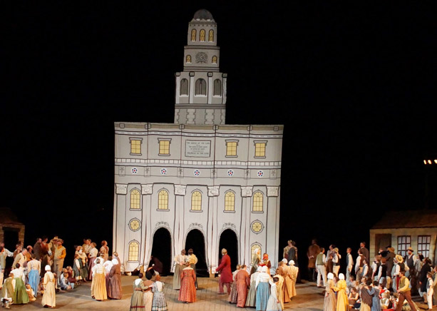 Nauvoo Pageant Cast & Crew Raise Temple