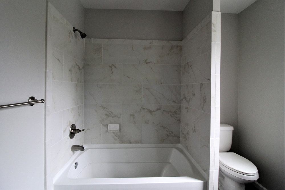 16230Lilac_Bathroom1.jpg