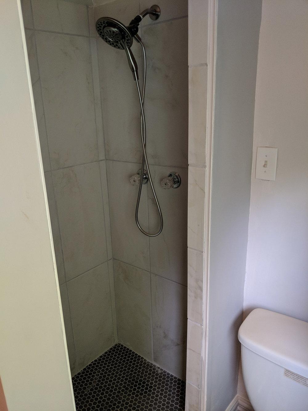 5116AudubonRoad_Bathroom2.jpg