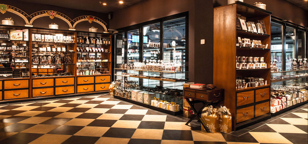 House-of-Chocolate-4-interieur-design-store-conzept-ladenbau-shop-ville-zuerich.jpg.jpg