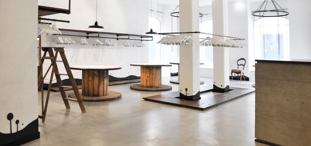 -glore-store-konzept-interieur-design-rohrfabrik-mobel-kleiderstander-3.jpg