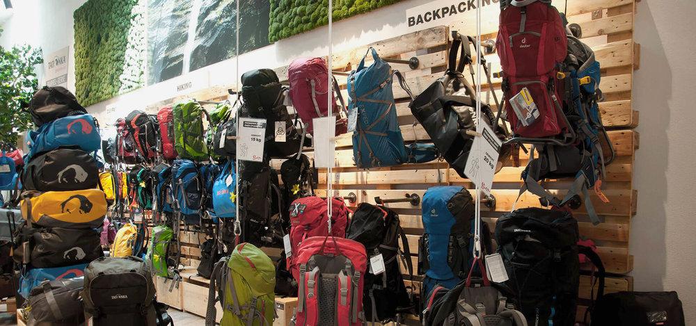 spatz-camping-outdoor-store-ladenbau-interiordesign-ladeneinrichtung04.jpg