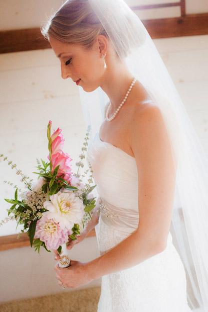 bride_flowers.jpg