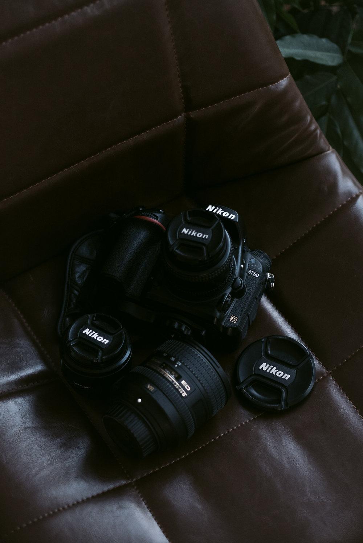 Nikon D750 - Objects :Nikon AF Nikkor 50mm 1:1.4DNikon AF Nikkor 28mm 1:2.8AF-S Nikkor 24-85mm 1:3.5-4.5G