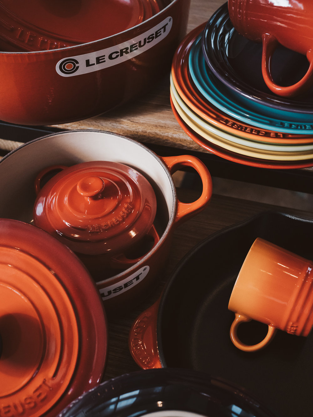 Le Creuset - Colorful kitchen and happy cooking mood.