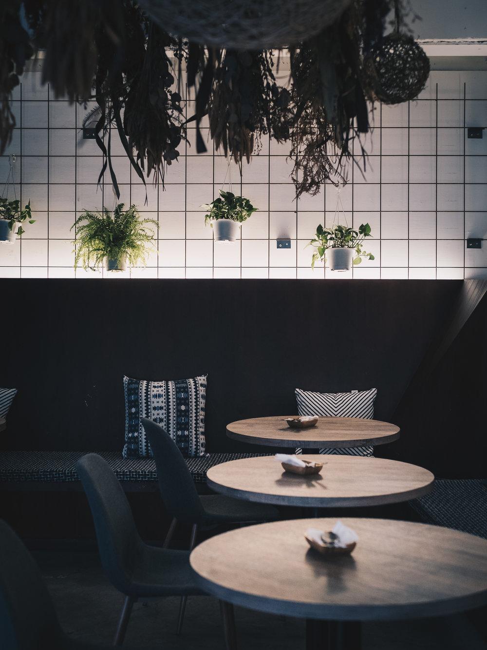 Miss Green Vegan Restaurant Taipei - 10-10 Hope - Olympus E-M1Markii 2512 - Yes! Please Enjoy.jpg