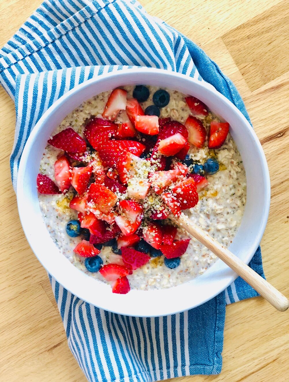 Overnight Oats With Chia And Hemp Seeds Elizabeth Palmer Kitchen