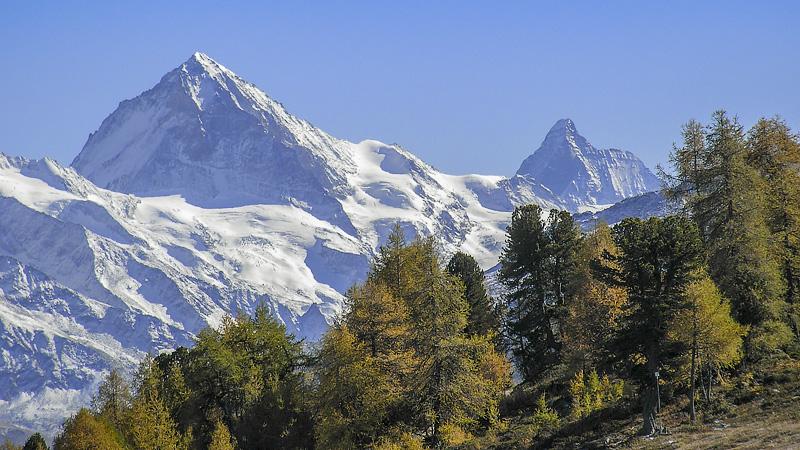 Blick auf den Dent Blanche und das Matterhorn