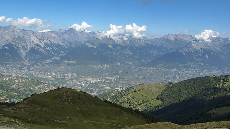 Blick aufs Rhonetal und Berner Alpen