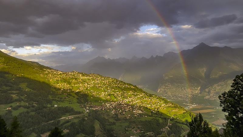 Regenbogen über Nendaz