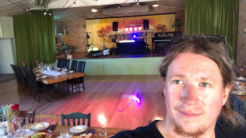 Early set up in Wakool for this acoustic wedding singer