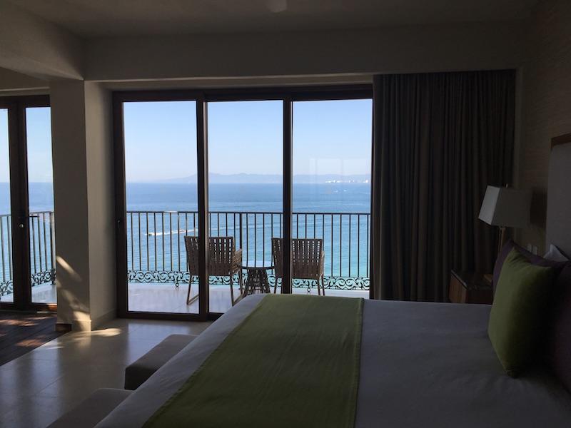 almar-jacuzzi-suite.jpg