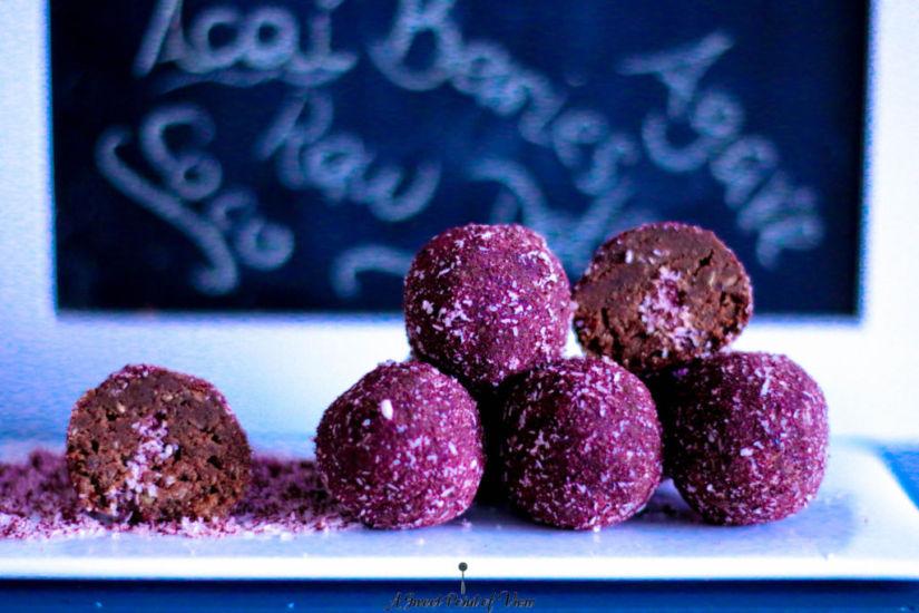 Acai and Coconut Energyballs Inside Look (1 von 1)