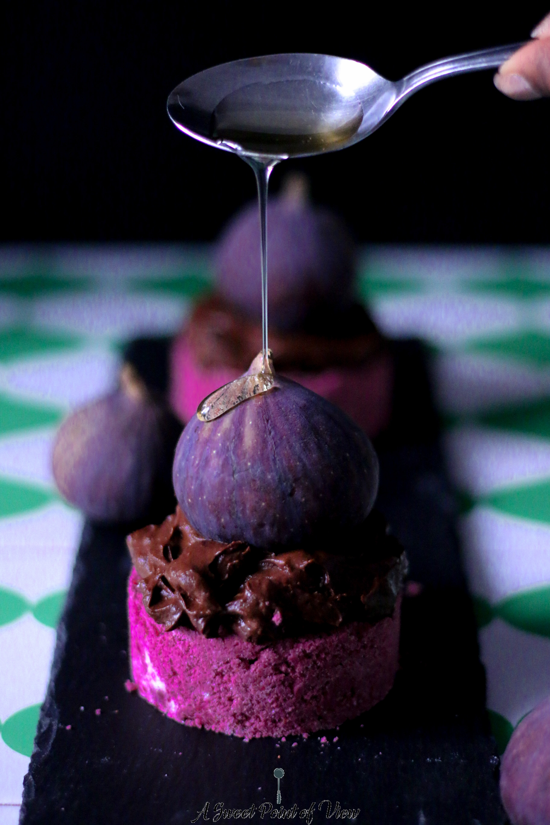 raw-fig-cakes-4-food-photography-melissa-ofoedu-photography-raw-food-a-sweet-point-of-view-1-von-1