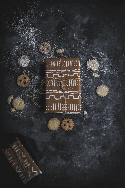 Linzer Cookies with sugarfree Permmisson Jam  (13 of 16).jpg