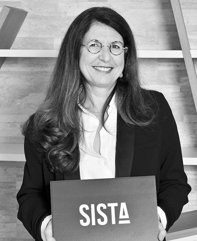 Meet Anne Lalou Directrice de la @wsfparis et board-member #SISTA. . . . #sista #wearesista #genderdiversity #sorority #women #entrepreneur #entrepreneurlifestyle #business #bethechange #bethechangeyouwanttosee #life #entrepreneure