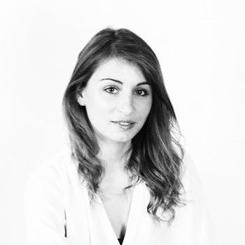 Meet Delphine Groll - SISTA & co-fondatrice de Nabla 💙✊🏽 . . . #sista #wearesista #sorority #women #entrepreneur #entrepreneurlifestyle #business #divas #dramas #bethechange #bethechangeyouwanttosee #life #entrepreneure