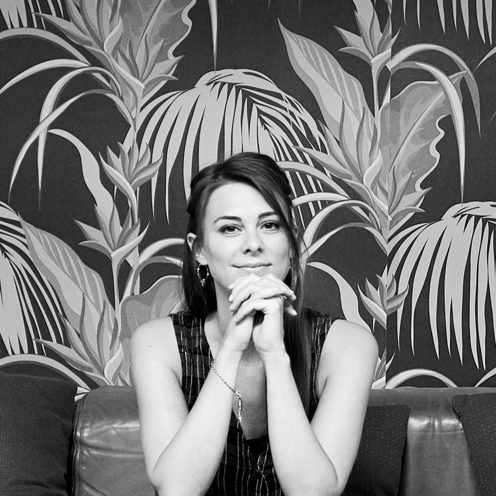 Leana Fischer   Product & Service Designer, Co-founder reverse AG