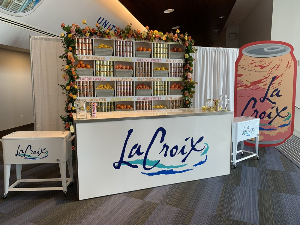 LACROIX - USA TODAY FOOD AND WINE EXPERIENCE - CHICAGO - B FLORAL