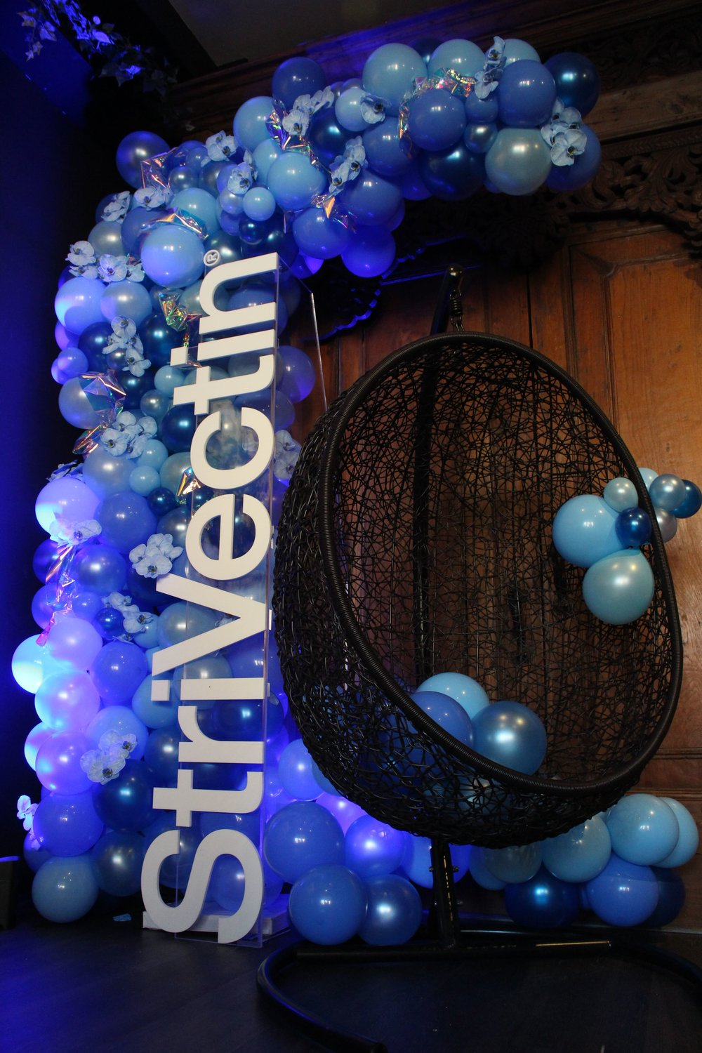 StriVectin Product Launch Balloon Installation - B Floral