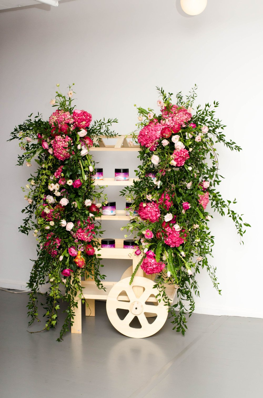 NeoCell Branded Floral Cart - B Floral