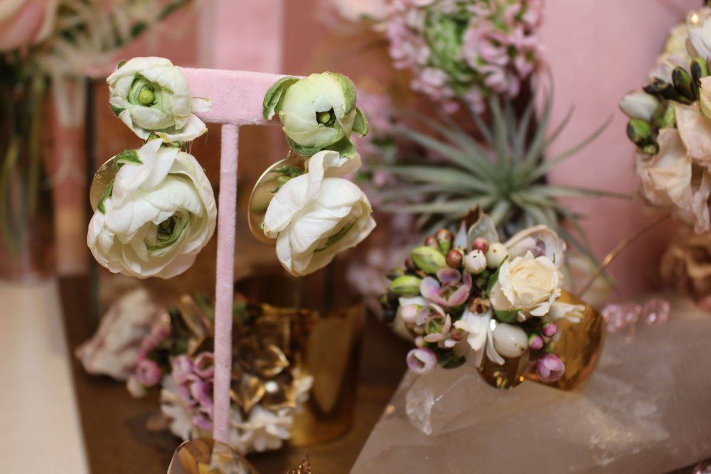 FLORAL ACCESSORIES - PRESS PREVIEW - B FLORAL