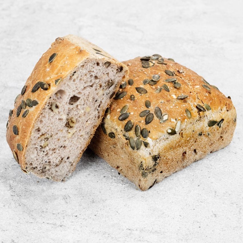 SOBIESKI  A Polish Bread with wheat flour, oat and spelt flakes, walnuts and nigella seeds.