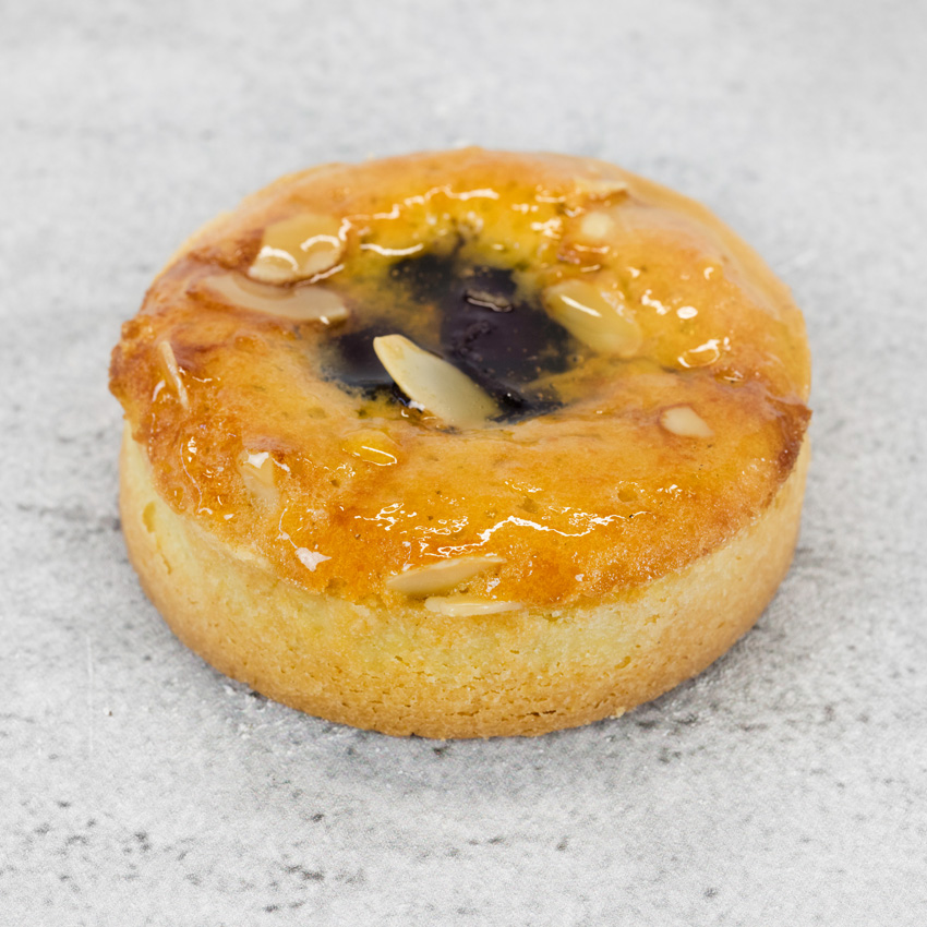 FRUIT & ALMOND TART  This Apricot tart has a delicious frangipane filling, topped with flaked almonds.