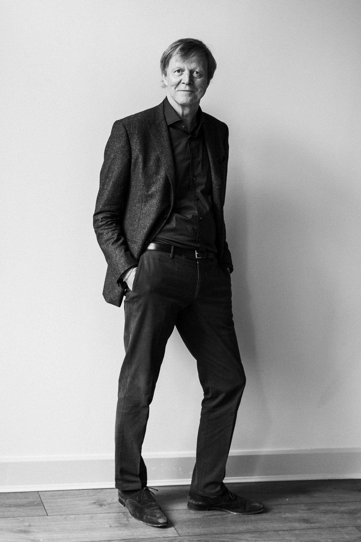 Maarten standing.jpg