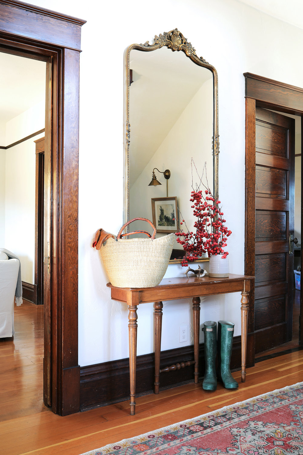 The Grit and Polish - Farmhouse Entryway Mirror 2000.jpg