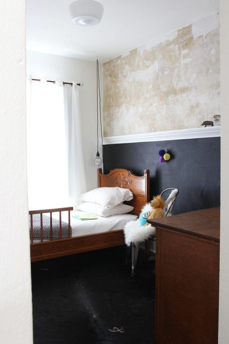 The-Grit-and-Polish-Dexter-House-Final-Tour-Boy-Bedroom-e1488472612334.jpg