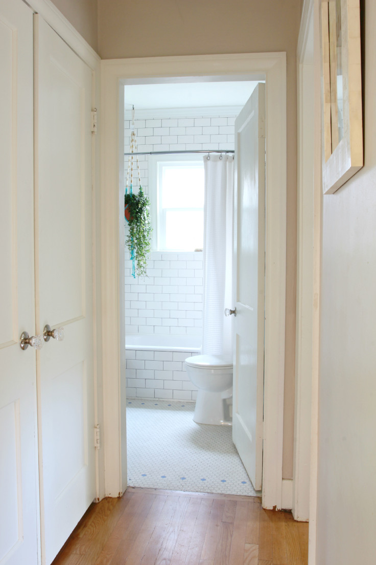 The Grit and Polish - Bathroom from hallway