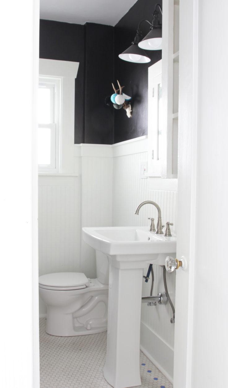 the-grit-and-polish-dexter-main-bathroom